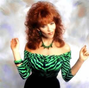 One angry man even compared prints to the character Peggy Bundy from the TV show Married with Children